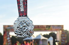 Mickey's Holiday 5K finisher medal