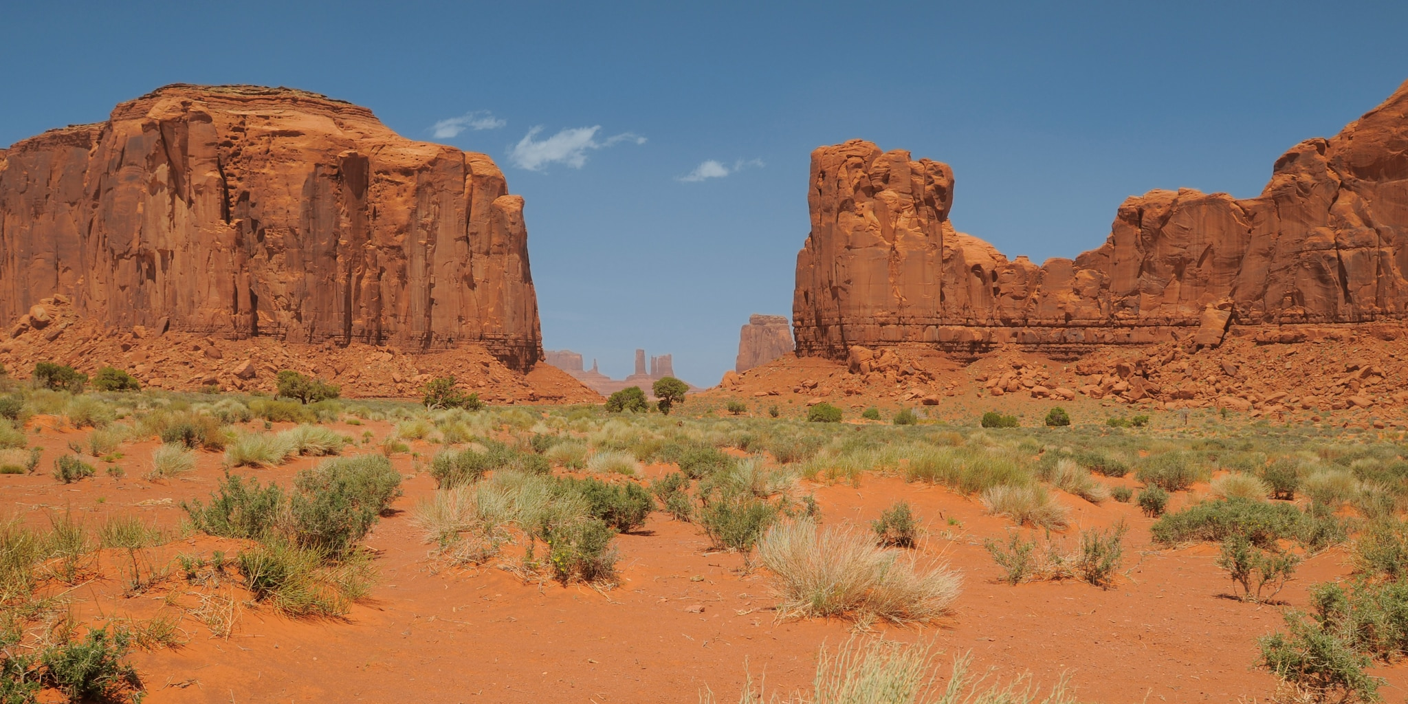 The buttes and mesas of Monument Valley
